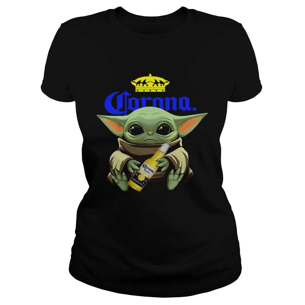 Baby Yoda Hug Corona  Classic Ladies